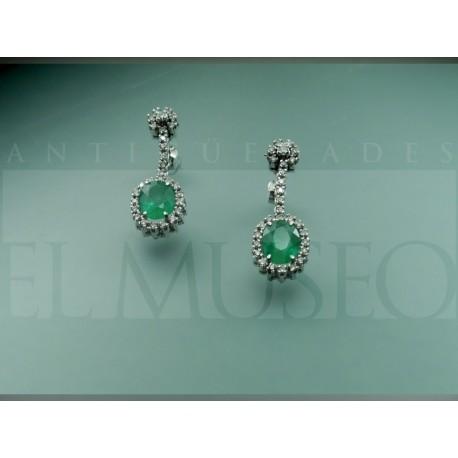 Bonitos pendientes de esmeralda