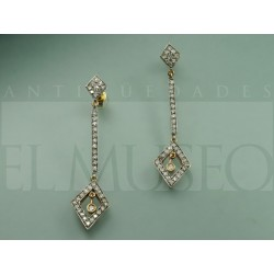 Gold and diamonds earrings